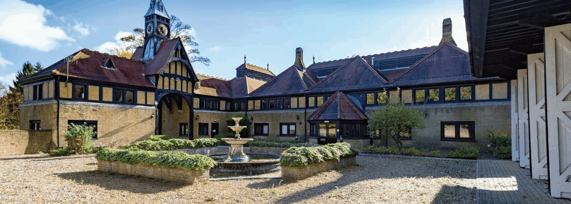 Patteson Mew Period Building in Redhill Surrey : Court Ocea Commercial to Residential Property Development